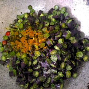 Sautéed Beans_add turmeric and salt to the #BeansPoriyal or Purple #BeansCurry from PepperOnPizza.com