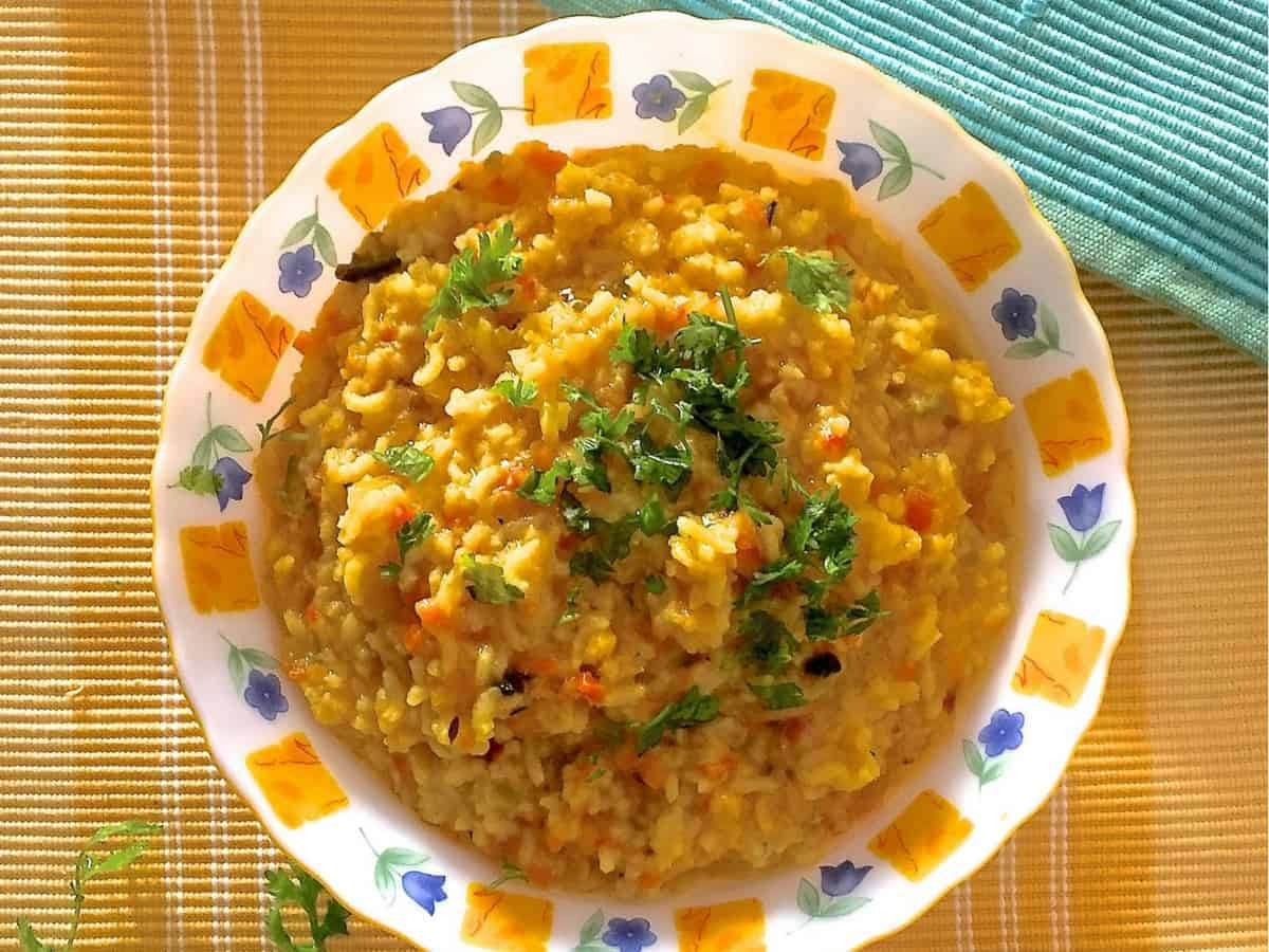Easy Nutritious Khichidi for the New Mom