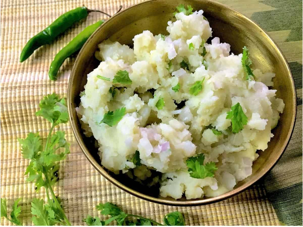 Assamese Aloo Pitika – Mashed Potato in Mustard Oil