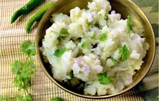 Assamese Aloo Pitika – Mashed Potato in Mustard Oil