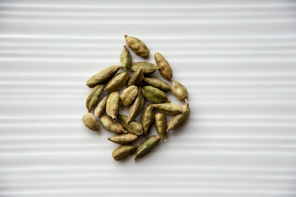 basic indian spices - cardamom