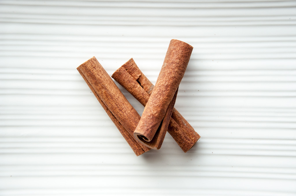 basic indian spices - cinnamon