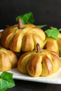 sweet-pumpkin-buns-2