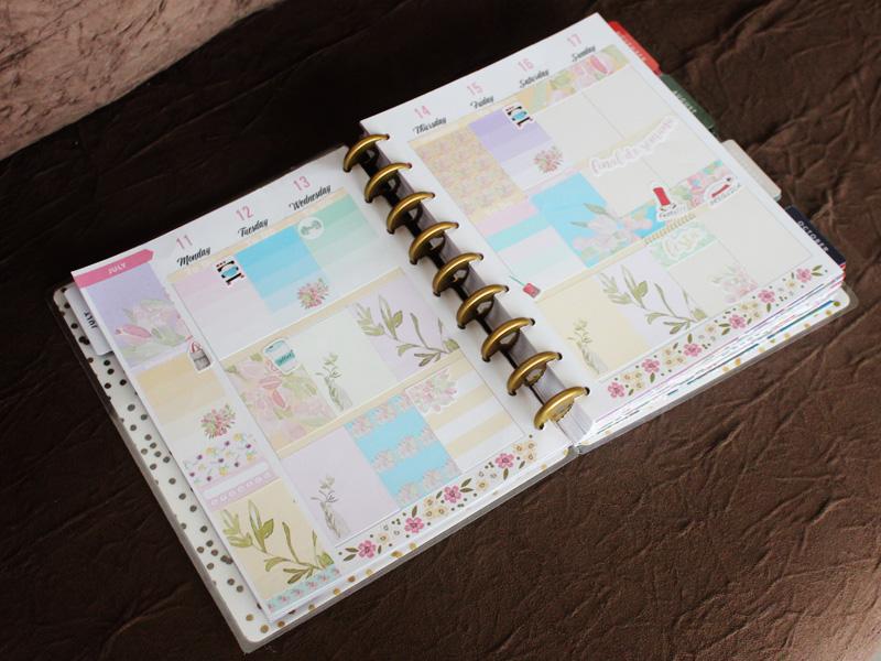 Adesivos da Tsu Store no Happy Planner.