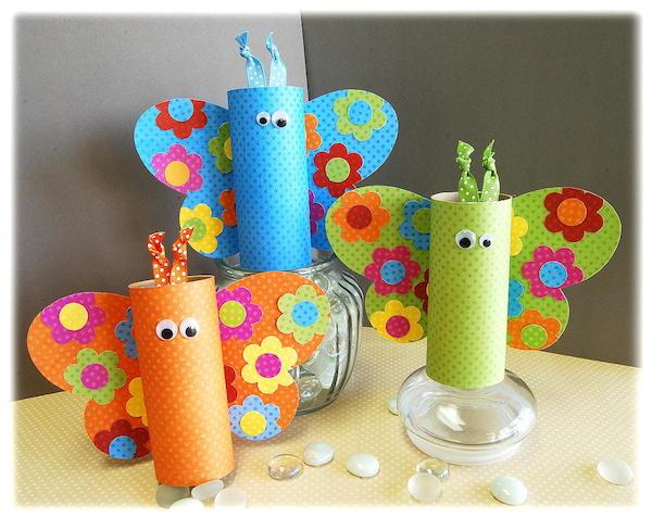 Mariposas de tubos de cartón