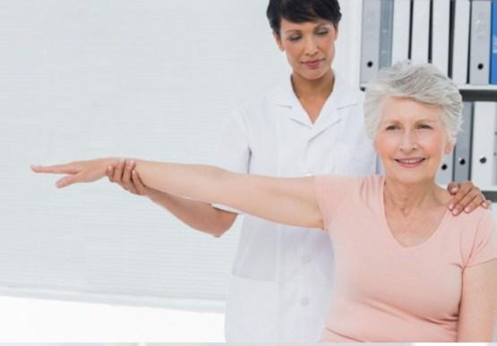 fisioterapia tercera edad Fisiofit mujer