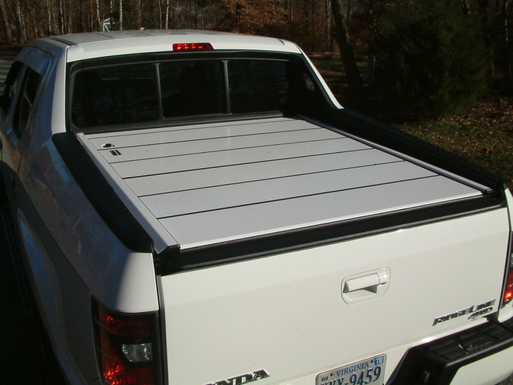 Peragon Retractable Truck Bed Covers For Honda Ridgeline