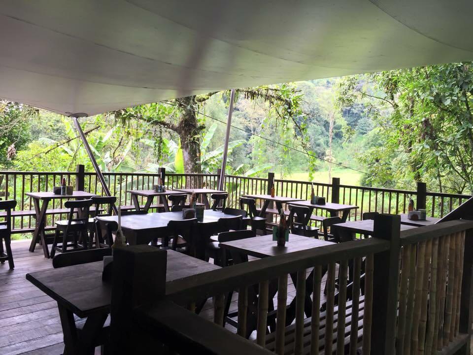 Rio y Carbon Steakhouse