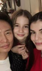Mr Pink, Irina și Monica Gabor