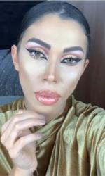 Raluca Pascu a făcut cursuri de make-up artist