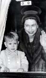 Elisabeta a II-a și Prințul Edward