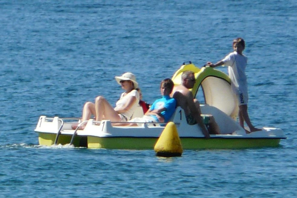 Activities Page - Pedalo Photo