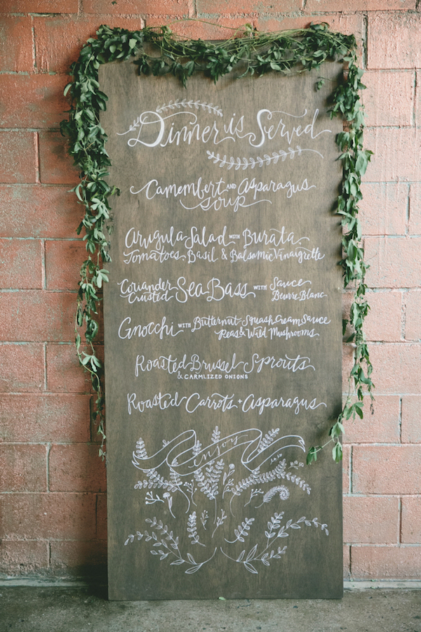 Greenery-Wooden-Menu