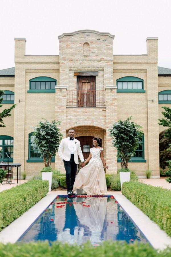 outdoor-canadian-villa-wedding-17
