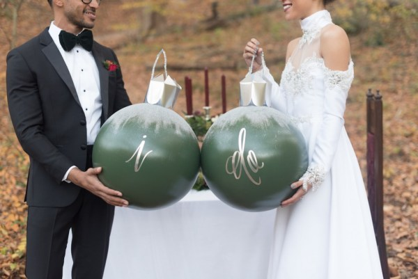 holiday-elopement-wedding-inspiration