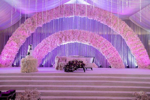arch wedding reception decor
