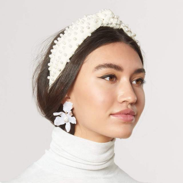 White Pearl Headband Fashion Trend