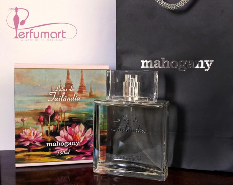 Perfumart - Post material Mahogany
