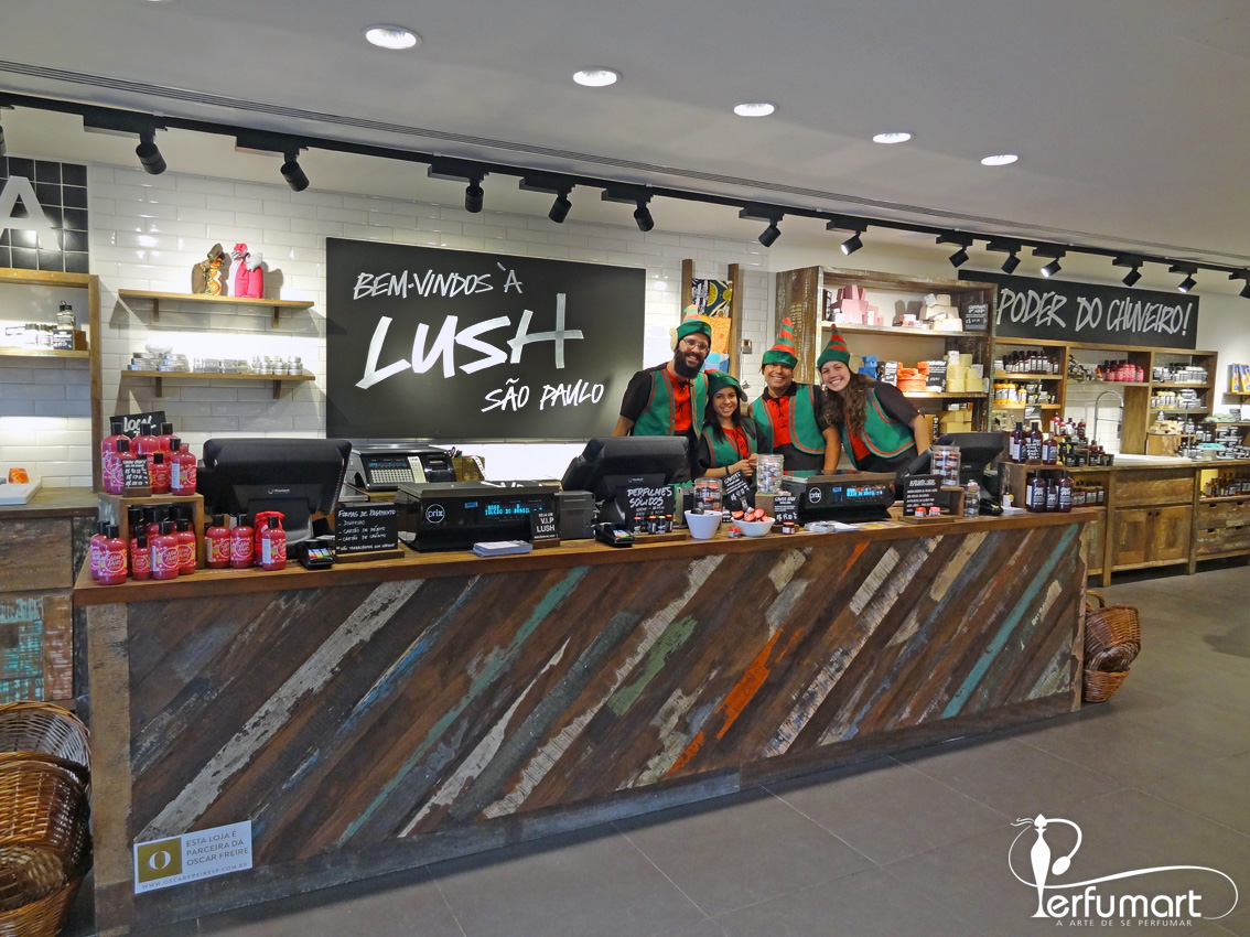 Perfumart - Lush SPA balcão central