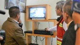 Hugo Cabrera entrega equipo de videovigilancia y cancelería para fortalecer seguridad en mercados de Querétaro