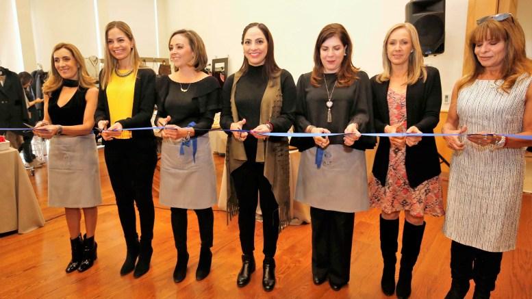 Tere García de Aguilar, encabezó la inauguración del Bazar ALE
