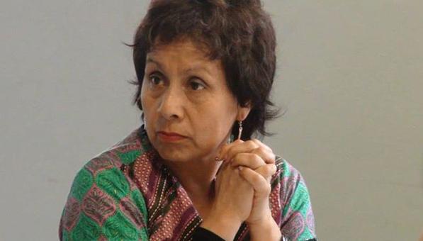 Egresada de la UAM recibe premio en cultura y artes