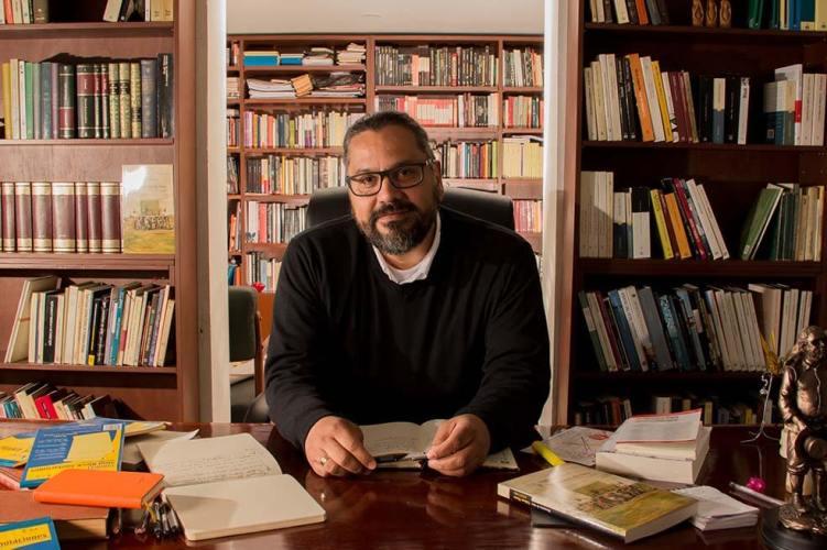 Nahum Montt, nuevo director del Fondo de Cultura Económica en Colombia