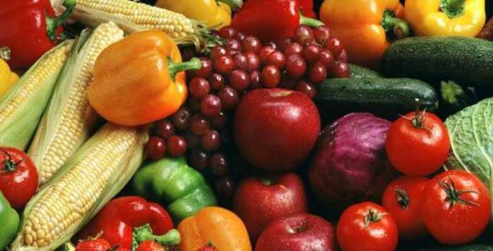 Αυτά είναι τα δώδεκα πιο μολυσμένα φρούτα και λαχανικά