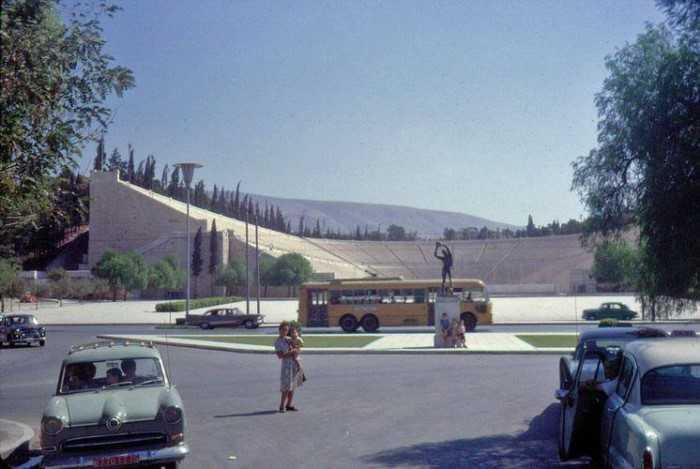21 αριστουργηματικές έγχρωμες φωτογραφίες από την παλιά Αθήνα…