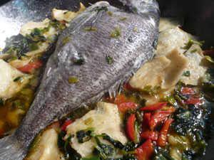 Τσιπούρα με λαχανικά by Elias Mamalakis