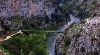 To μοναδικό φαράγγι του Αγγίτη στις Σέρρες και ο αρχαίος μακεδονικός τάφος του Σταθμού Αγγίστας
