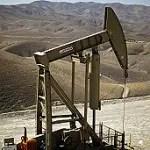 130514194544_usa_oil_production_304x171_reuters