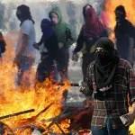 130524153123_chile_protest_464x261_reuters