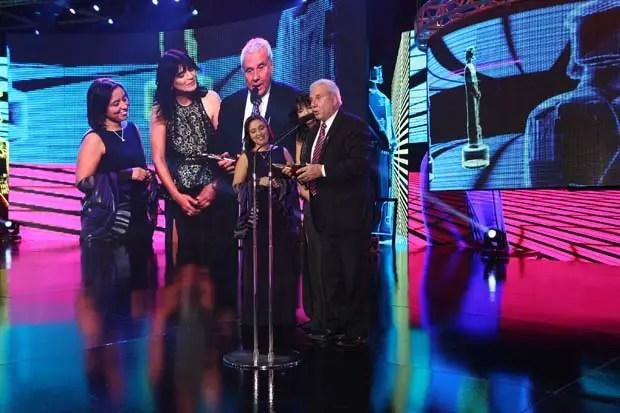 """El programa conducido por Fernando Bravo, """"Bravo.Continental"""" fue premiado con el Martin Fierro a mejor programa radial de Interés General. La emoción para el conductor pasó por el fútbol y el triunfo de River Plate que acababa de transformarse en el campeón argentino."""