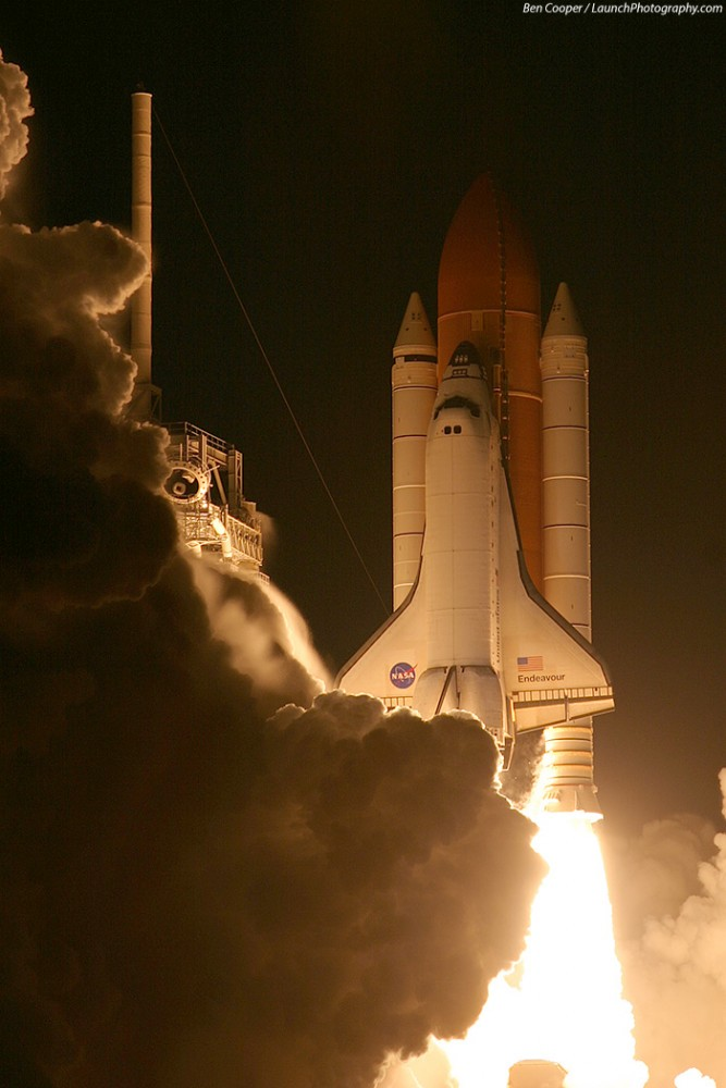 STS-123_3-667x1000