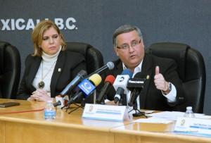 Alcalde Gustavo Sánchez y la Síndico Blanca Irene Villaseñor.