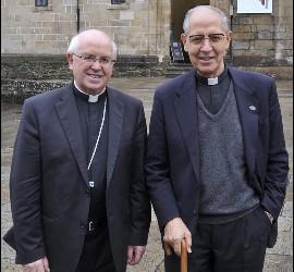 MOnseñor Barrio y Adolfo Nicolás