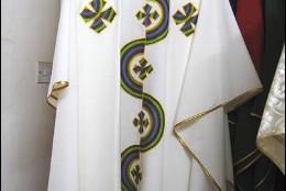 Casulla africana para el Papa