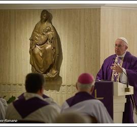 Bergoglio, hoy, en Santa Marta