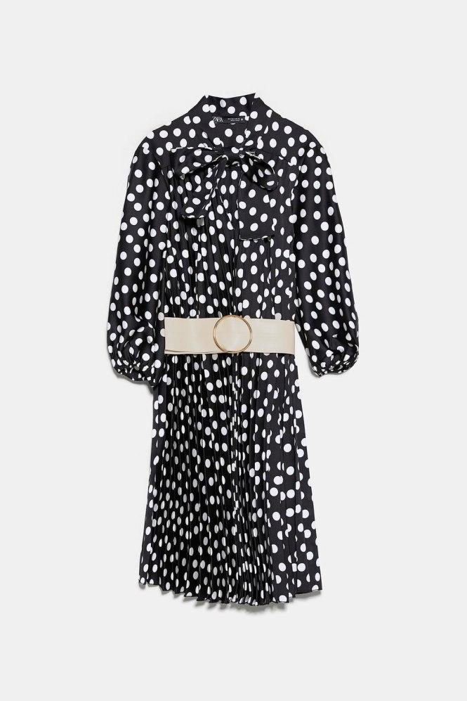 Vestido plisado lunares Zara