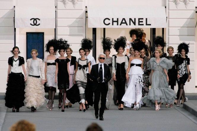Karl Lagerfeld en uno de los desfiles de Chanel