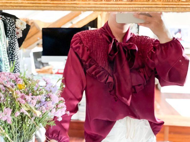 Blusa entretiempo estilo victoriano