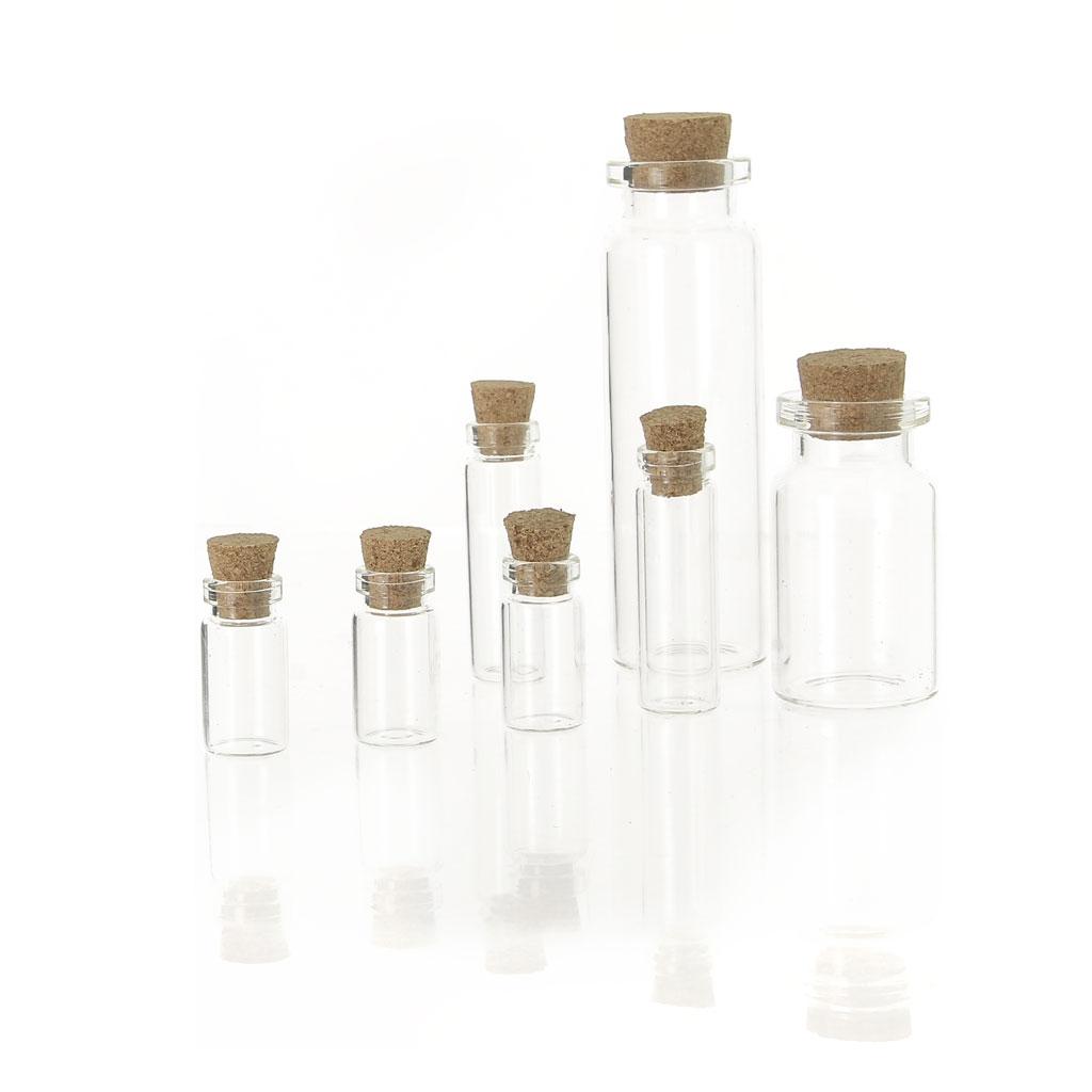 assortiment de 7 bouteilles en verre avec bouchon en liege