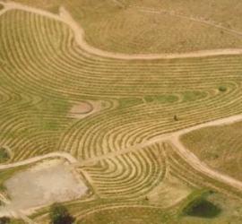 Fotografía aerea de una línea clave