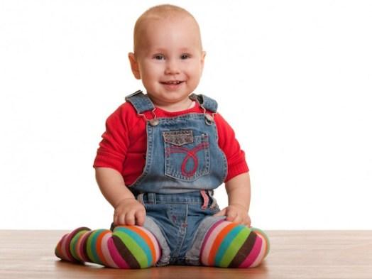 Resultado de imagen de niños sentados en forma w