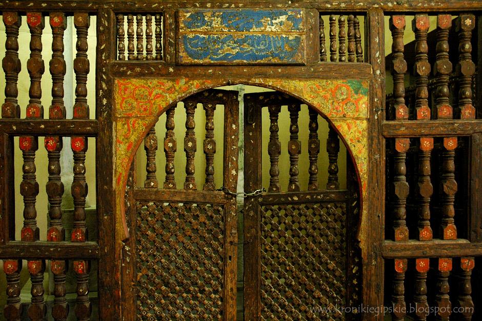 6. Kair, Egipt. Stare meczety kryją też swoje tajemnice. (Fot. Anna Krukowska)