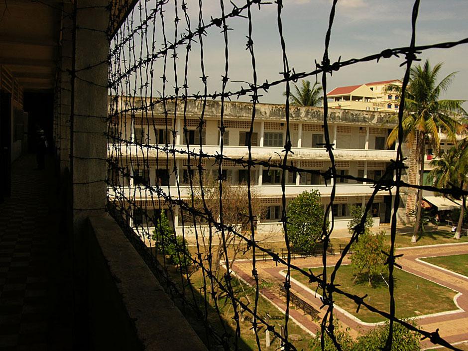 13. Kambodża, Phnom Penh. Stosowanie wymyślnych tortur sprawiało, że więźniowie nie wytrzymywali dłużej niż 3 miesiące w więzieniu. (Fot. Paweł Olszański)