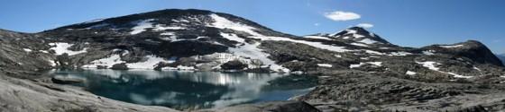 Malowniczy krajobraz północnej Norwegii. (Fot. Marcel Bąk)