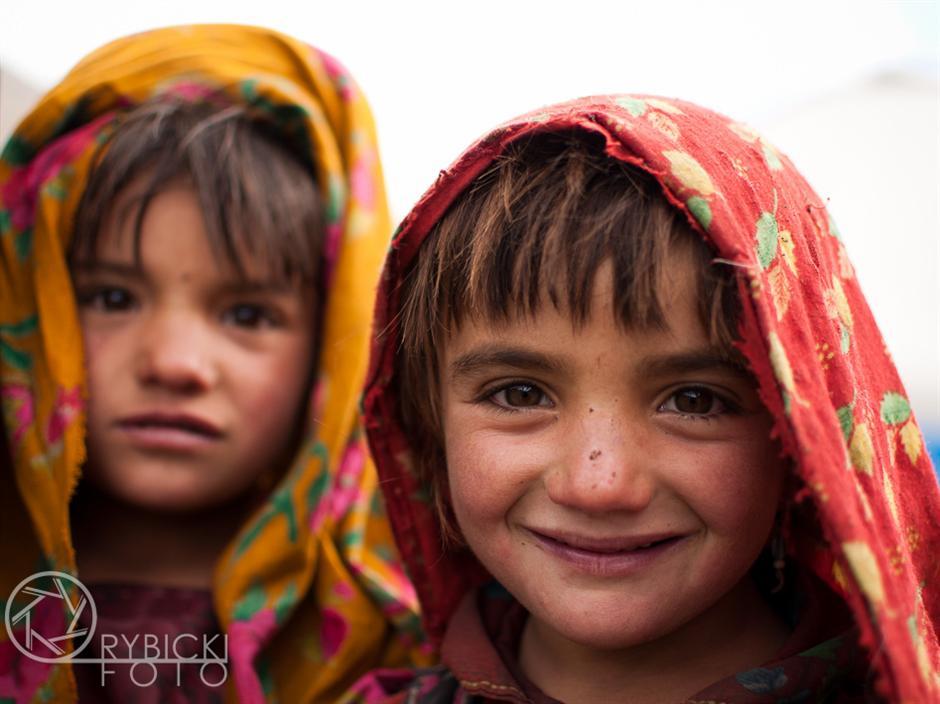 4. AFGANISTAN, prowincja Badachsztan. Dzieci w górskiej osadzie pasterskiej Sang Nawiszta. (Fot. Jakub Rybicki)