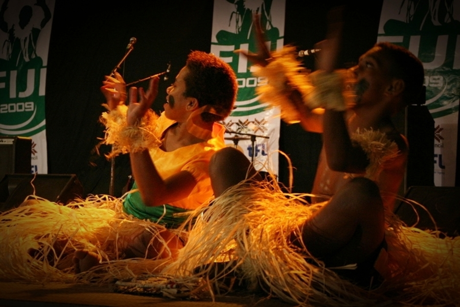 1. FIDŻI, Suva. Jedną z najważniejszych cech imprezy są oczywiście wszelkiego rodzaju taneczne pokazy. (Fot. Tomek Biskup)